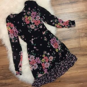 NWT H&M floral dress long sleeve open back